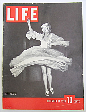 Life Magazine December 11, 1939 Betty Grable