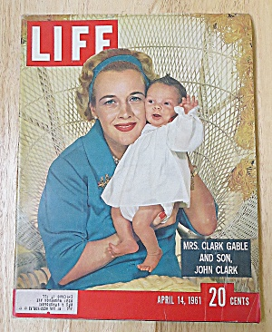 Life Magazine April 14, 1961 Mrs. Clark Gable (Image1)
