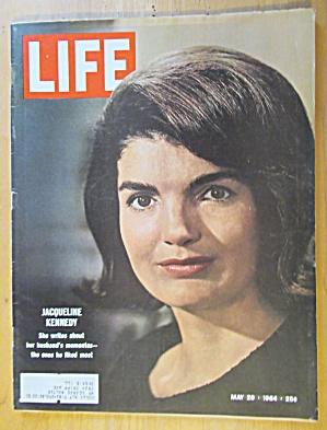 Life Magazine May 29, 1964 Jacqueline Kennedy  (Image1)