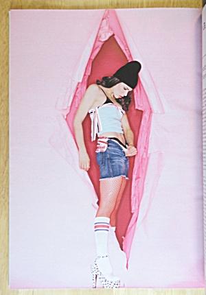 Playboy Magazine-april 2002-heather Carolin/tiffany