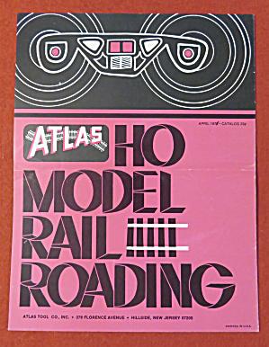 Atlas Model Railroad Train Catalog April 1971  (Image1)