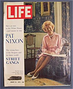 Life Magazine - August  25, 1972 - Pat  Nixon (Image1)