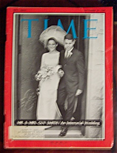 Time Magazine-september 29, 1967-mr & Mrs. Guy Smith