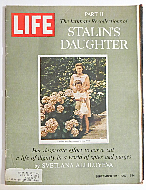 Life Magazine-september 22, 1967-stalin's Daughter
