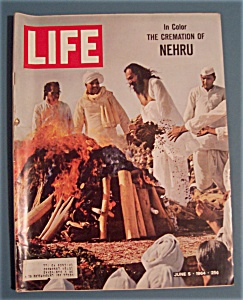 Life Magazine-june 5, 1964-the Cremation Of Nehru