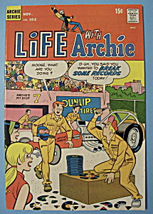 Life With Archie Comics - November 1970 - It's Who You.