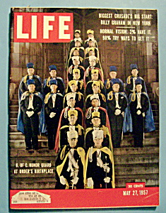 Life Magazine - May 27, 1957 - K. Of C. Honor Guard (Image1)