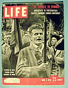 Life Magazine - June 9, 1958 - Veteran In Nazi Cloak (Image1)