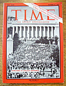 Time Magazine October 27, 1967 Marchers At Memorial