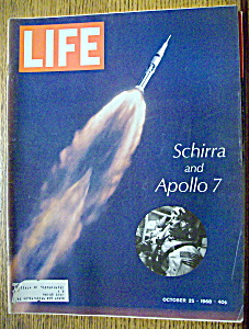 Life Magazine - October 25, 1968 - Schirra And Apollo 7