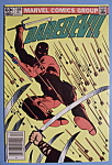 Click here to enlarge image and see more about item 6105: Daredevil Comics - December 1982 - Siege