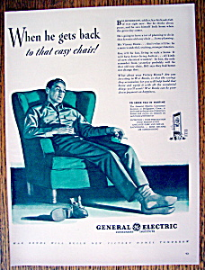 1943 General Electric Consumers Institute w/Soldier  (Image1)