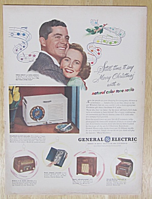 1947 General Electric Radio with T. Wright & D. Andrews (Image1)