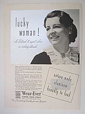 1937 Wear Ever Aluminum Cooking Utensil w Woman Smiling (Image1)