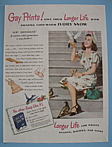Vintage Ad: 1946 Ivory Snow Soap (Image1)
