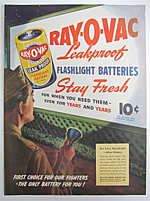 1945 Ray O Vac Flashlight Battery w Man & Flashlight  (Image1)