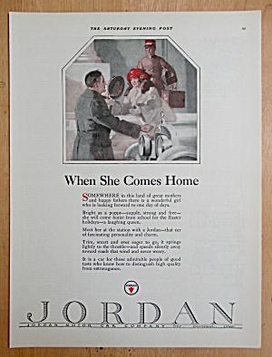1924 Jordan Motor Car Company with Woman & Man Hugging (Image1)