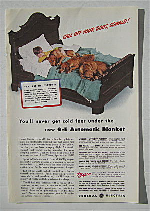 1942 General Electric Automatic Blanket w/Boy & Dogs (Image1)