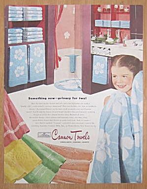 1946 Cannon Towels with Little Girl with Towel (Image1)