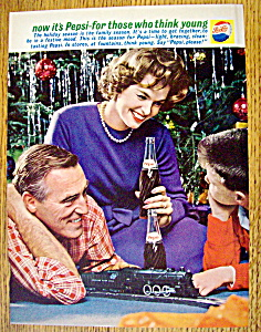 1961 Pepsi-cola (Pepsi) With Family Watching Train