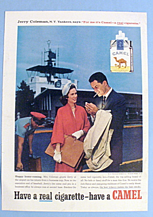 1958 Camel Cigarettes w/New York Yankees Jerry Coleman (Image1)