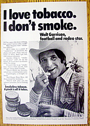 1974 Smokeless Tobacco With Football's Walt Garrison