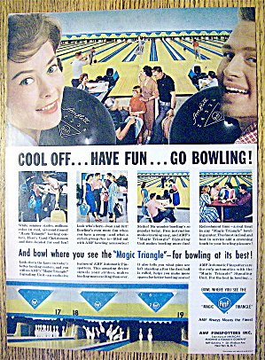 1959 AMF Magic Triangle with People Bowling (Image1)
