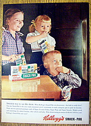 1956 Kellogg's Snack Pak With 3 Children Watching Tv