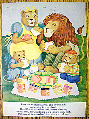 1977 Leo Sandwich Meat With Lion Family Picnicing