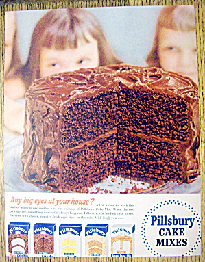 1954 Pillsbury Cake Mix With 2 Children Looking At Cake