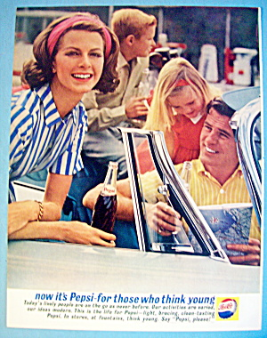 1961 Pepsi Cola (Pepsi) with Family In Car (Image1)