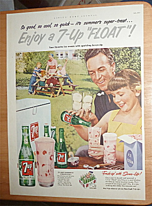 1953 7 Up (Seven Up) With A Girl Making A 7 Up Float