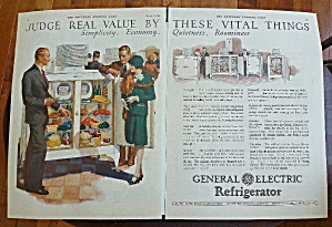 1928 General Electric Refrigerator With Couple Shopping (Image1)