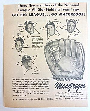 1959 MacGregor Baseaball Glove w/ Robinson, Mays & More (Image1)