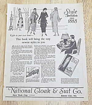 1924 National Cloak & Suit Co. With Woman's New Styles
