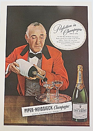 1946 Piper Heidsieck Champagne With Water (Image1)