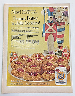 1960 Gold Medal Flour W/ Peanut Butter & Jelly Cookies