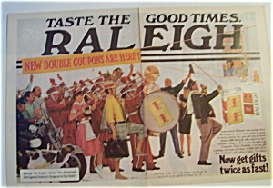 1977 Raleigh Cigarettes with Parade of People (Image1)