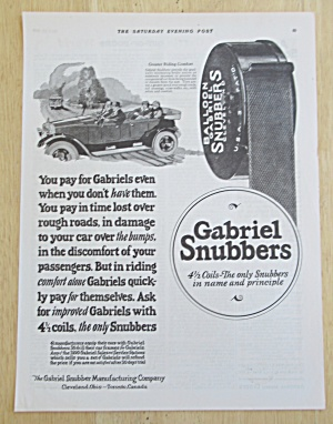 1926 Gabriel Snubbers with People in Car Out for Drive (Image1)