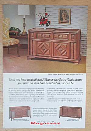 1966 Magnavox with The Astro Sonic Stereo  (Image1)