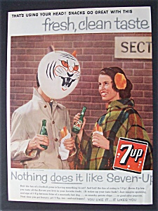 1959 Seven Up (7 Up) with Woman Looking at Man (Image1)