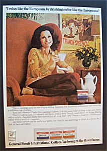 1975 International Coffee With Carol Lawrence