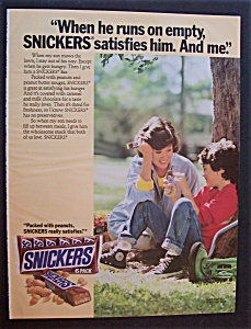 Vintage Ad: 1986 Snickers Candy Bar (Image1)