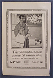 1916 Ivory Soap with Man Opening a Bar of Soap (Image1)