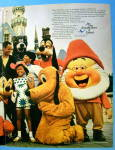 Click to view larger image of 1969 United Airlines with Disneyland & Magic Kingdom (Image3)