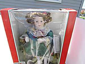 Victoria Animated Porcelain Figure Telco Motionette (Image1)