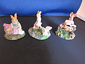 Miniature Bunny Rabbit Figurines 3pc Village Accessory (Image1)