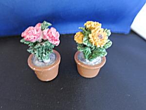 Vintage miniature Flowers in pots Easter Village  (Image1)