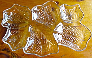 Glass gold beaded rim 6 leaf divided serving tray 16 in (Image1)