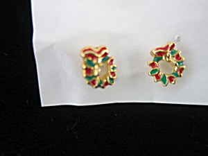 Christmas Wreath Post Earrings Red Green Gold Tone
